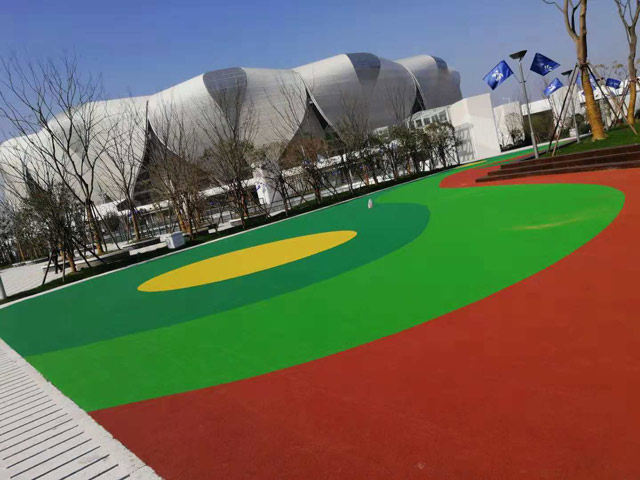Hangzhou Olympic Sports Center ground is installed with EPDM rubber particles